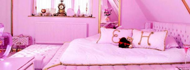 Ngôi nhà màu hồng độc đáo