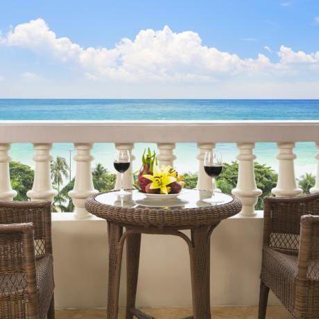 Luxury Sunrise Nha Trang Beach hotel and Spa in Khan Hoa